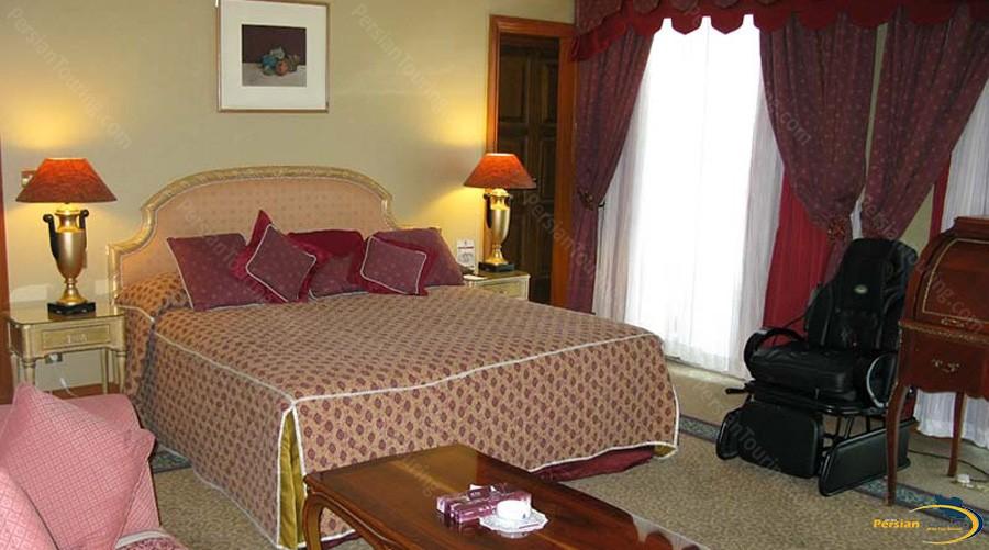 esteghlal-hotel-tehran-double-room-3