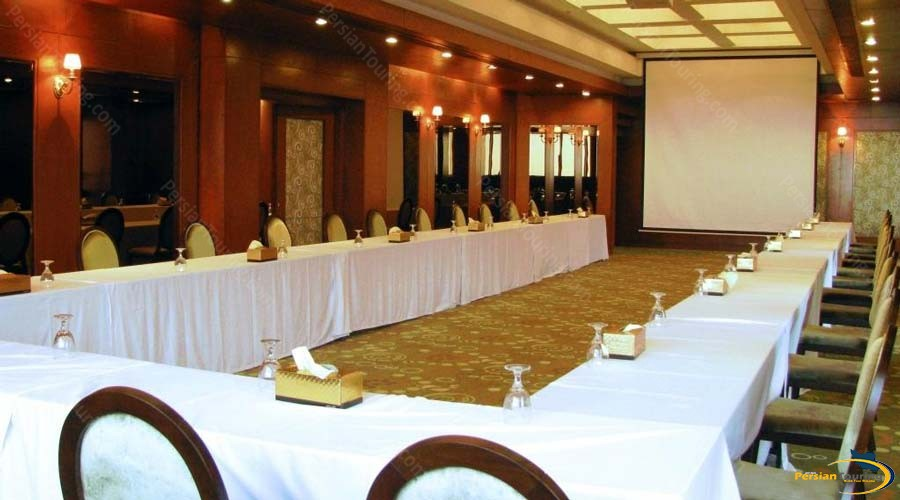 grand-hotel-shiraz-conference-hall-1