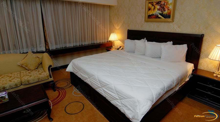 grand-hotel-shiraz-connect room-2