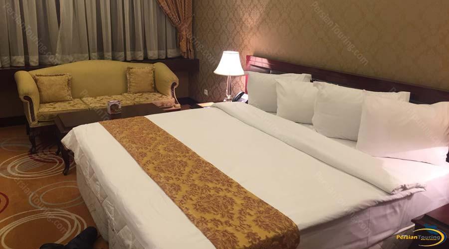 grand-hotel-shiraz-double-room-1
