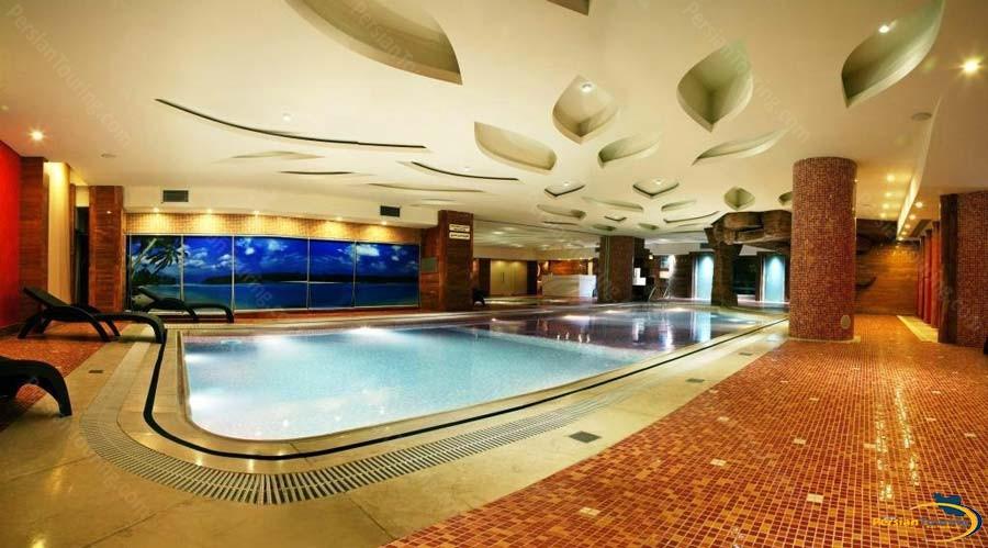 grand-hotel-shiraz-pool-1