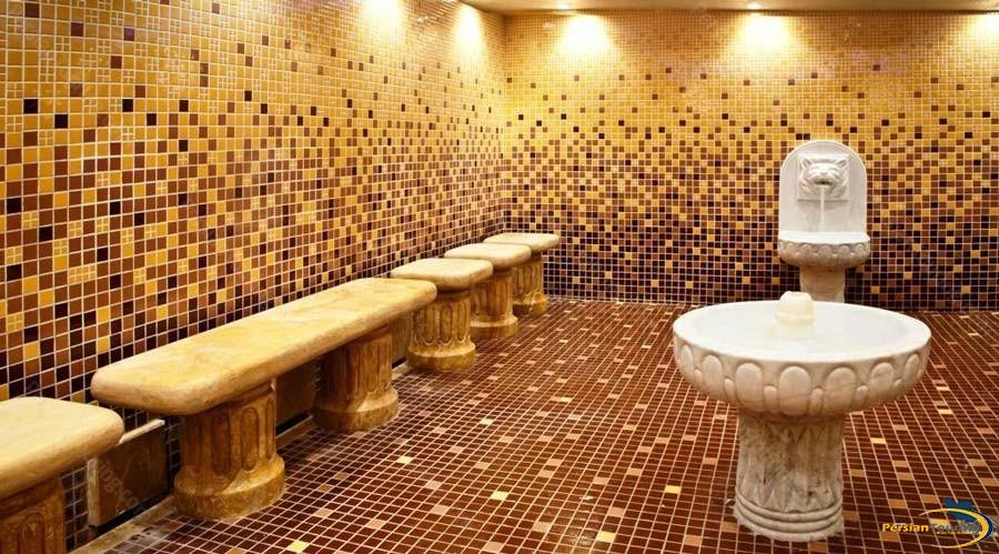 grand-hotel-shiraz-traditinal-bath-1
