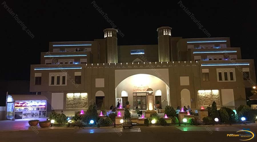 parsian-safaiyeh-hotel-yazd-view-3