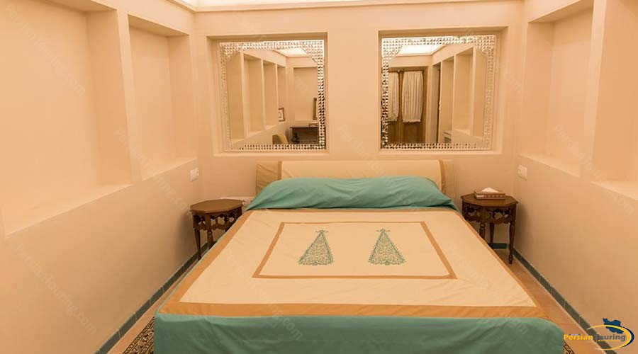 saraye-ameriha-boutique-hotel-kashan-double-room-5