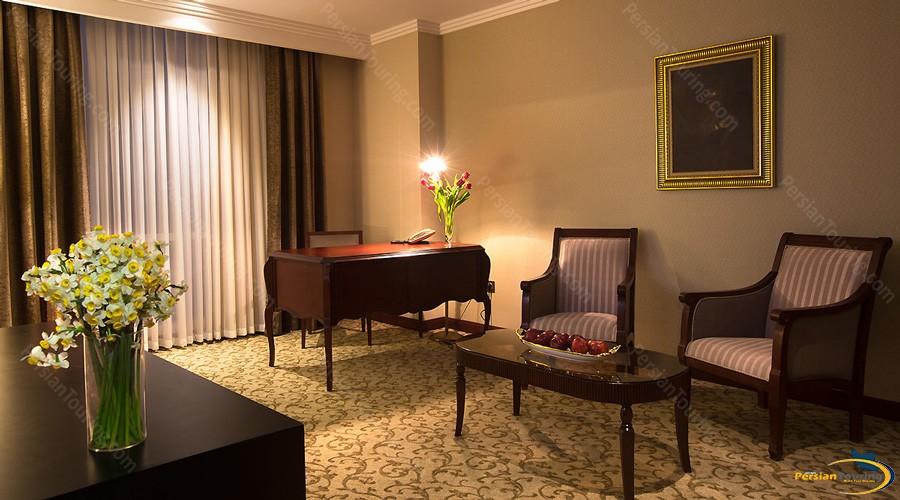 espinas-palace-hotel-tehran-jonior-suite-1