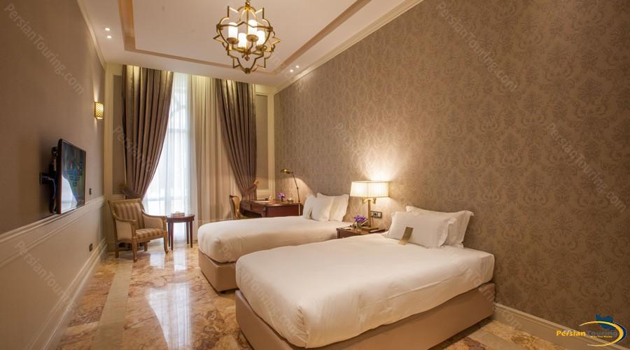 espinas-palace-hotel-tehran-suite-espinas-4