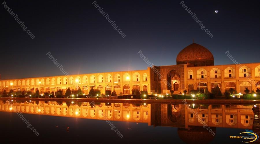 naqshe-jahan-square-isfahan-3