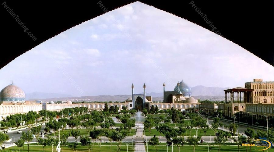 naqshe-jahan-square-isfahan-4