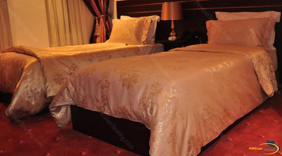 taj-mahal-hotel-tehran-vip-twin-room-1