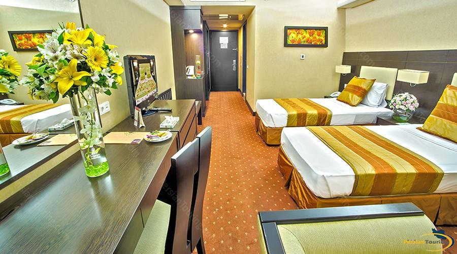 parsian-evin-hotel-tehran-standard-twin-1