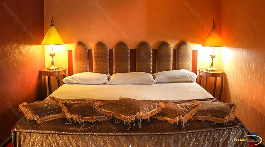 esteghlal-hotel-tehran-double-room-1