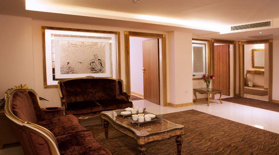 Boshra Hotel Mashhad
