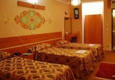 Ibne-Sina-Hotel-Isfahan-Triple-Room-3