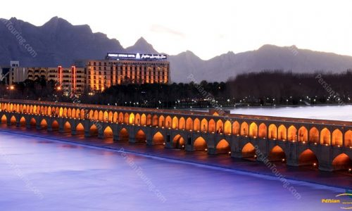 Parsian-Kowsar-Hotel-Isfahan-view-from-bridge
