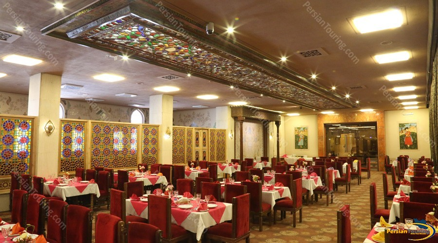 abbasi-hotel-isfahan-naghsh-i-jahan-hall
