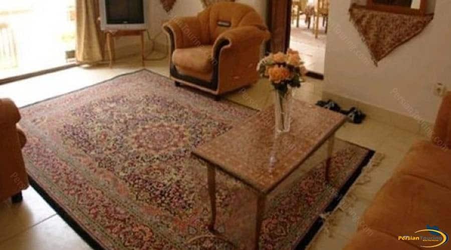 adib-al-mamalek-hotel-yazd-seven-persons-room-1
