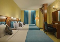 arg-hotel-shiraz-quadruple-room-1