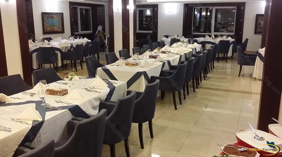 arg-hotel-yazd-restaurant-2