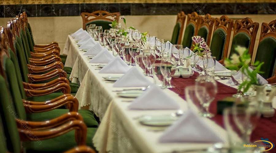 aryo-barzan-hotel-shiraz-restaurant-2