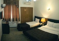 atlas-hotel-shiraz-triple-room-4