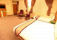 avin-hotel-isfahan-triple-room-1