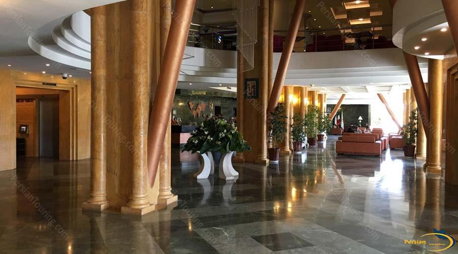 chamran-grand-hotel-shiraz-labby-1
