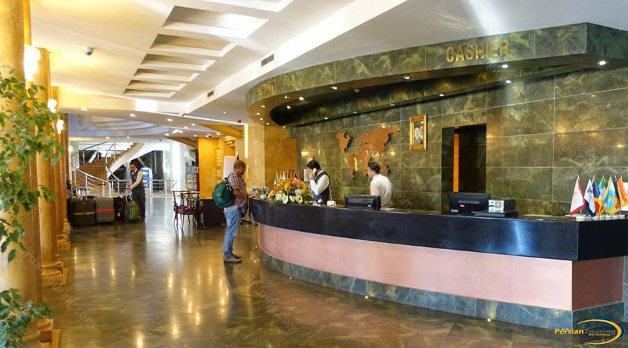 chamran-grand-hotel-shiraz-recepsion-1