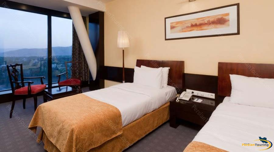 chamran-grand-hotel-shiraz-suite 1