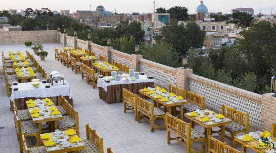 dad-hotel-yazd-restaurant-1
