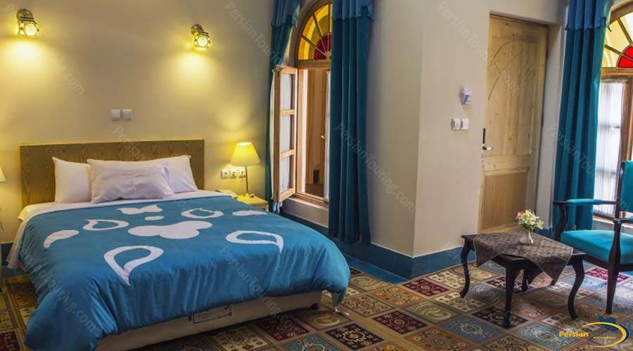 dad-hotel-yazd-single-room-2