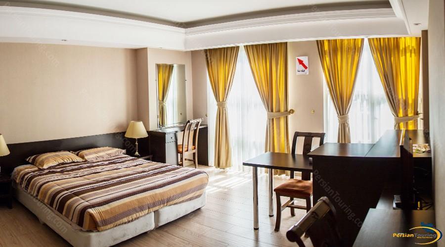diamond-hotel-tehran-royal-suite