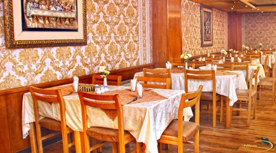 eram-hotel-shiraz-restaurant-2