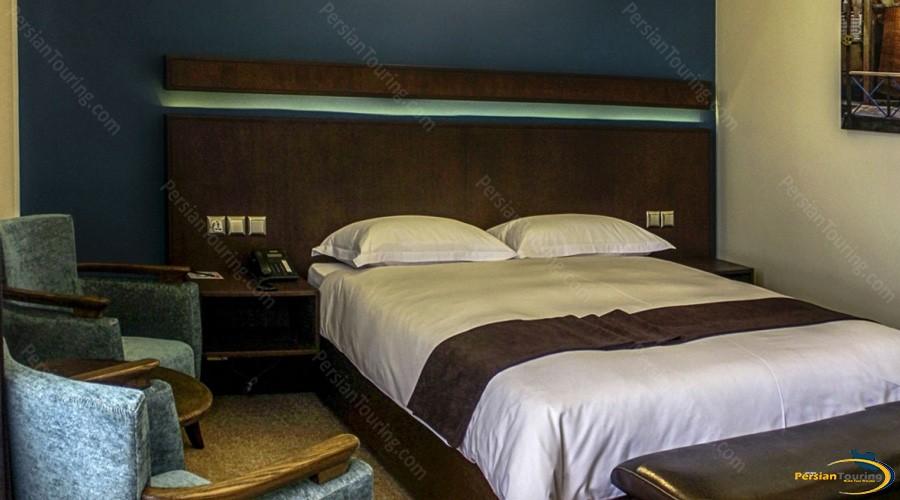 eskan-alvand-hotel-tehran-double–1