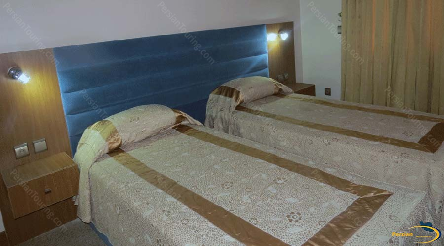 hadish-hotel-shiraz-one-bedroom-apartment-for-2-persons-2