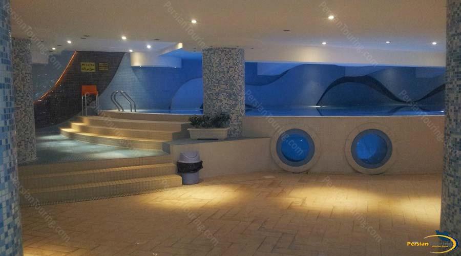 homa-hotel-shiraz-pool-1