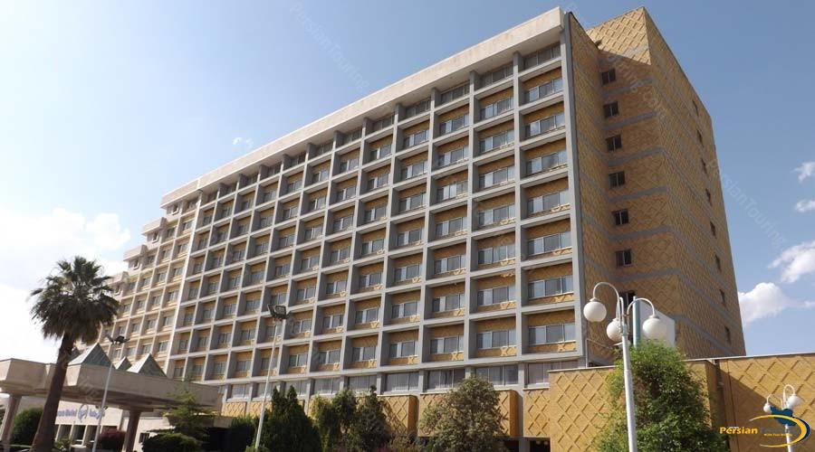 homa-hotel-shiraz-view-1
