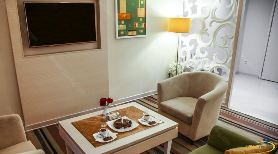 howeyzeh-hotel-tehran-14