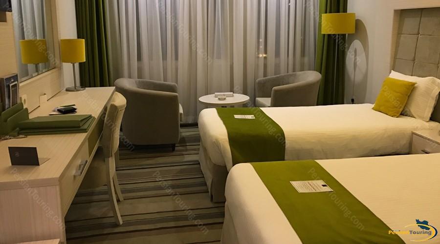 howeyzeh-hotel-tehran-4
