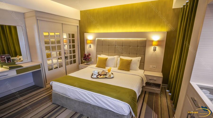howeyzeh-hotel-tehran-7
