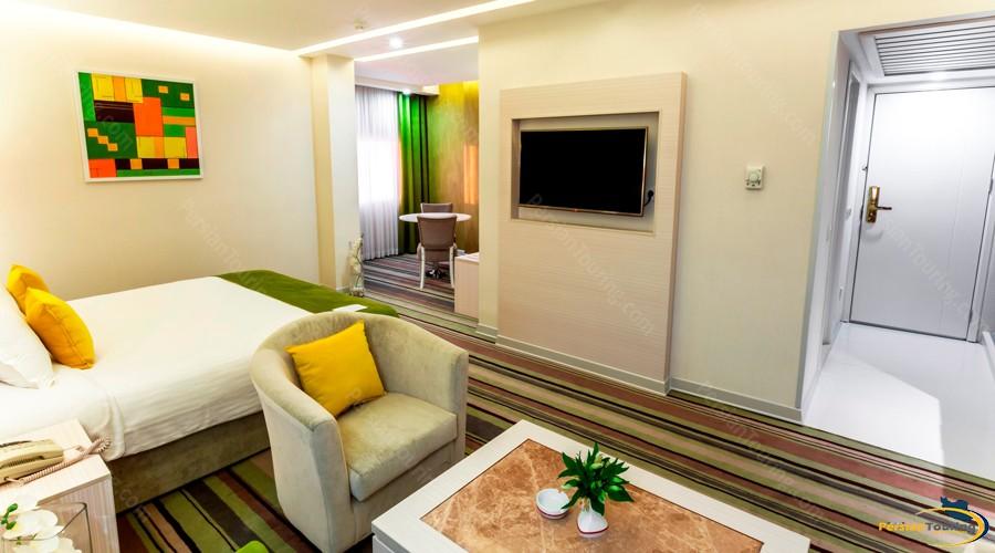 howeyzeh-hotel-tehran-9