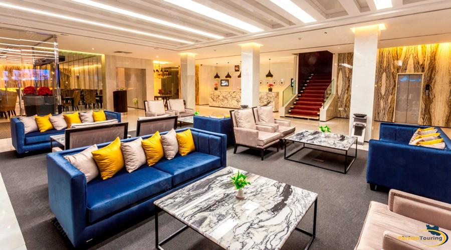 howeyzeh-hotel-tehran-lobby-1