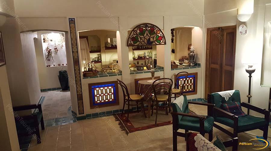 iranian-house-hotel-kashan-cafe-1