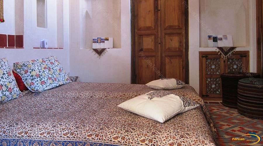 iranian-house-hotel-kashan-double-room-9
