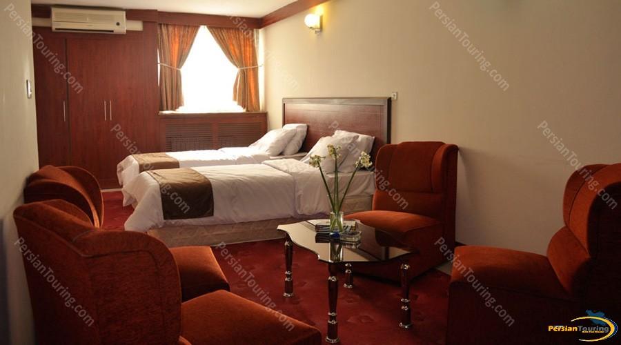 isfahan-hotel-isfahan-twin-room-2
