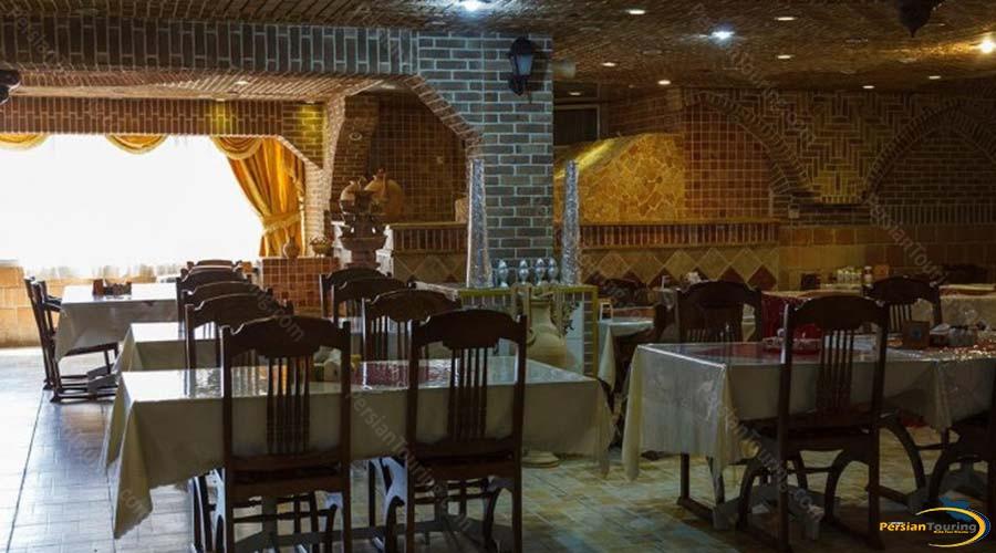 jaamejam-hotel-shiraz-restaurant-4