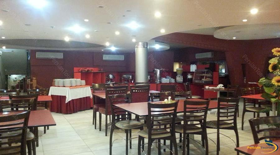 jaamejam-hotel-shiraz-restaurant-5