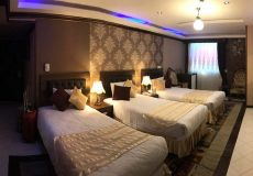 karimkhan-hotel-shiraz-triple-room-1
