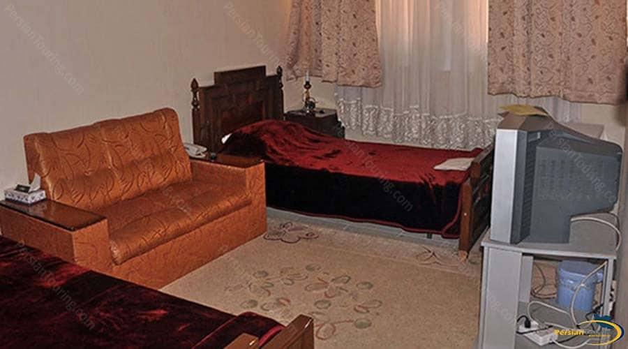 khatam-hotel-yazd-twin-room-1