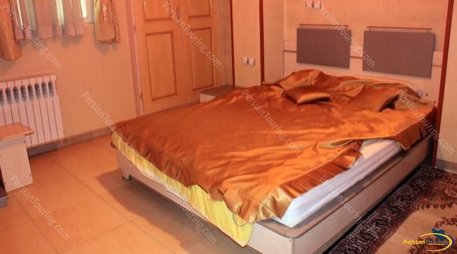 khatoon-hotel-isfahan-double room 1