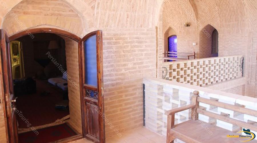 kuhpa-caravanserai-isfahan-shah-neshin-room-2